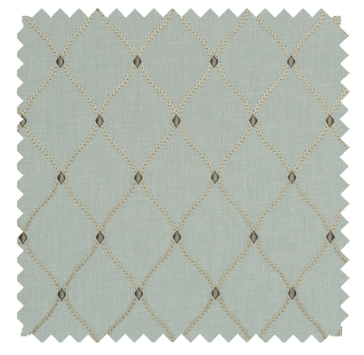 Engaging / Classic Trellis Embroidery- Porcelain