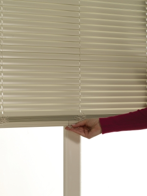 "1"" Cordless One Touch Aluminum Mini Blinds"